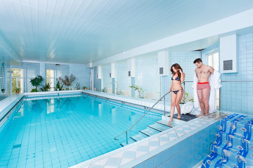 Уборка бассейнов по выгодной цене