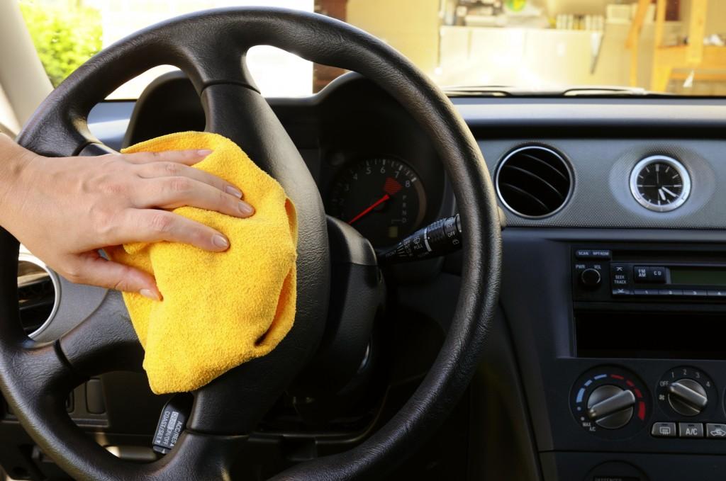 Как очистить салон автомобиля самостоятельно