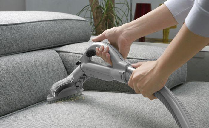 Чистка дивана своими руками